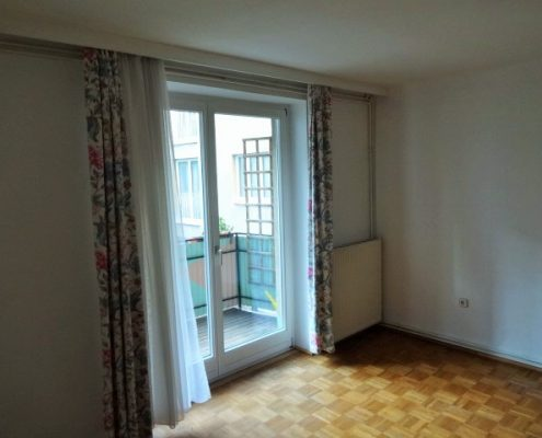 1190 Zimmer+Zugang Balkon