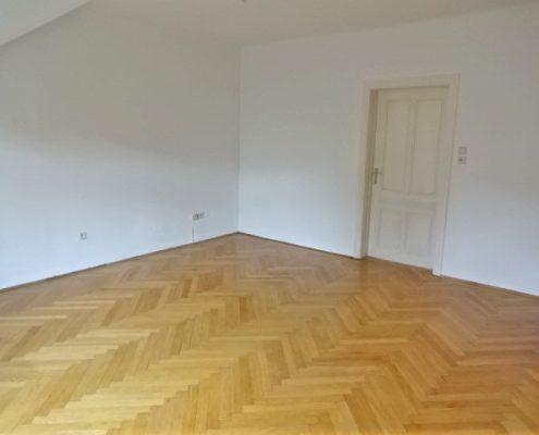 1130 Sanierungsbedürftige Wohnung