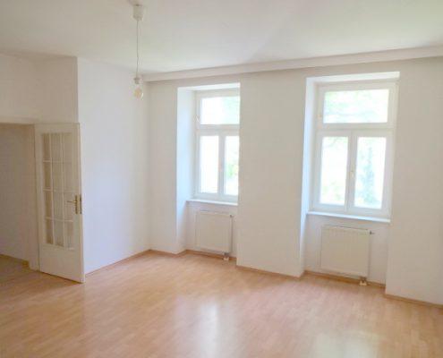 1160 Helles Wohnzimmer