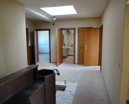 Sanierungsbedürftige Eigentumswohnung