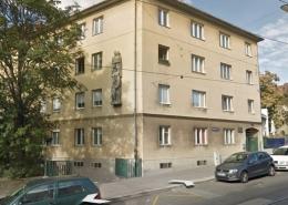 sanierungsbedürftige Wohnung