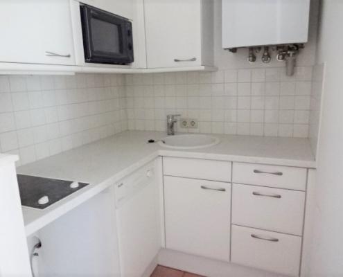 kleine Eckküche zum Vermieten